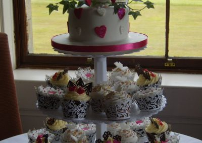 3 tier - Cerise Muffin Tree