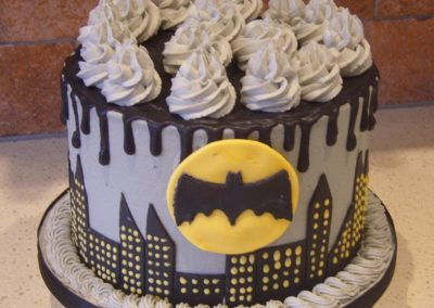 "Batman - 6"" (approx 15 servings) - £50.00, 8"" (approx. 25 servings) - £60.00,  10"" - (approx. 35 servings) - £70.00"