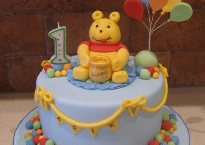 """Winnie the Pooh - 6"""" (approx 15 servings) - £60.00, 8"""" (approx. 25 servings) - £70.00,  10"""" - (approx. 35 servings) - £80.00"""