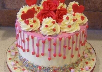 """Love Heart - 6"""" (approx 15 servings) - £50.00, 8"""" (approx. 25 servings) - £60.00,  10"""" - (approx. 35 servings) - £70.00"""
